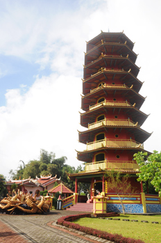 Pagoda in Tomohon