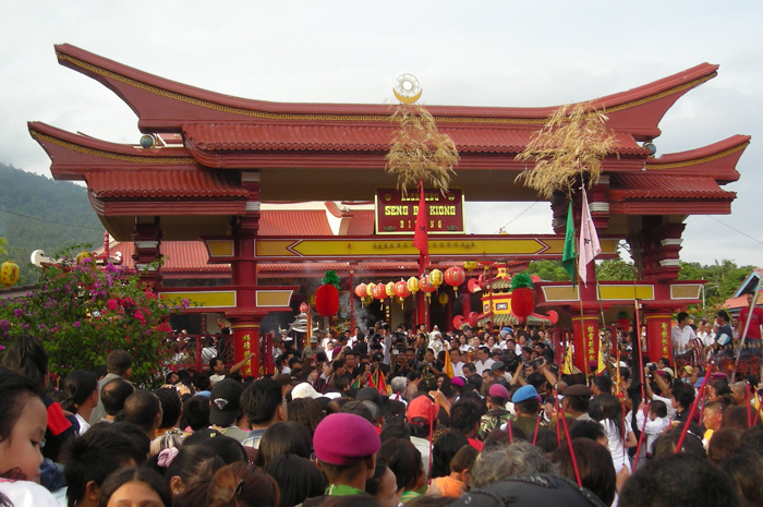 Chinese temple in Bitung on Chinese New Year 2008
